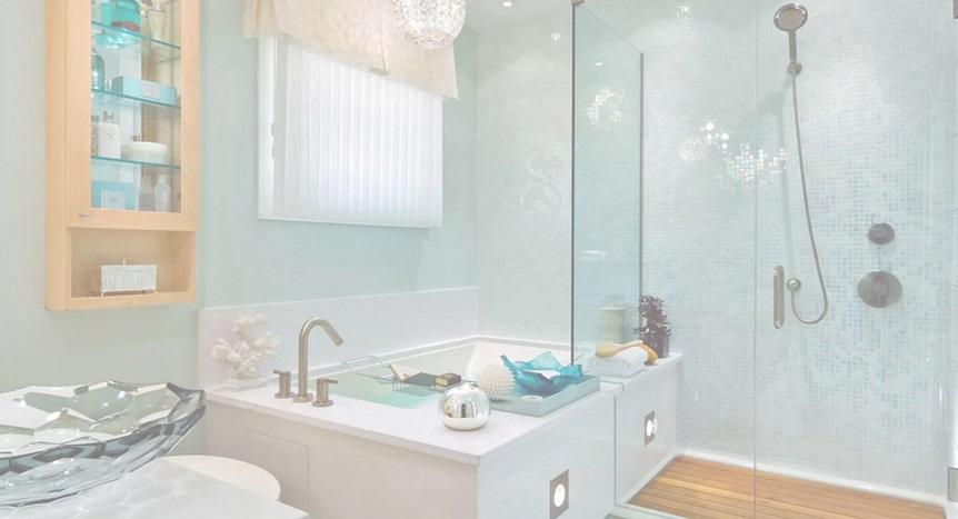 Ванная с ванной и душем