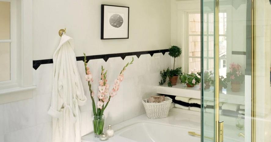 яркие аксессуары в ванной